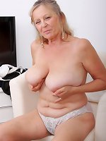Blonde mature amazing solo scenes with masturbation