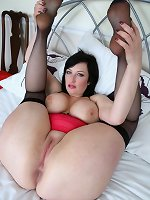 Hot mom plays with golden dildo up her wet cherry